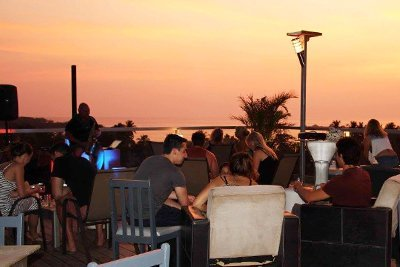 tamarindo rooftop bar
