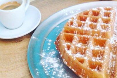 tamarindo waffle shop