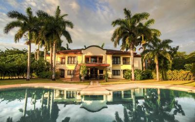 Tamarindo Destination Wedding: 7 Luxury Villas to House Your Guests