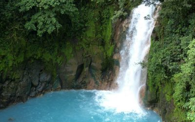 Tamarindo Day Trip: The Fascinating Rio Celeste & its Waterfall